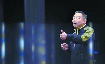 在世界舞台上讲好中国故事专访世界乒乓球职业大联盟理事会主席刘