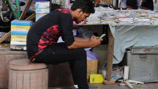 全球最大手机工厂落地 能助印度制造一臂之力吗?