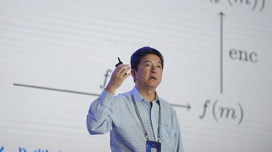 """张首晟为什么被杨振宁说是""""早晚获诺贝尔奖""""的人? 证券资讯"""