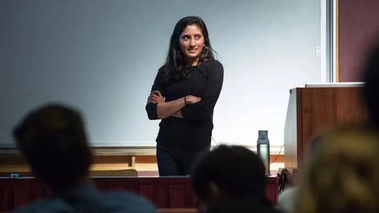 读博第八年,她破解了量子计算领域的大问题