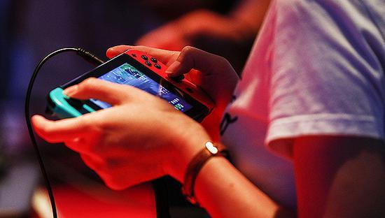 任天堂和索尼双双发财报 游戏业务竞争依然焦灼