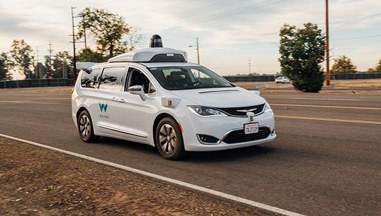 Waymo获得加州首张不需要司机的无人驾驶车测试牌照