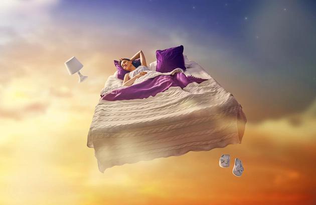 如果海马体是最后一个进入睡眠的大脑区域,那么海马体可能是最后苏醒的。因此你拥有一个时间窗口,苏醒时保留着梦境的短期记忆,但是由于海马体未完全苏醒,你的大脑不能保持记忆。。webp