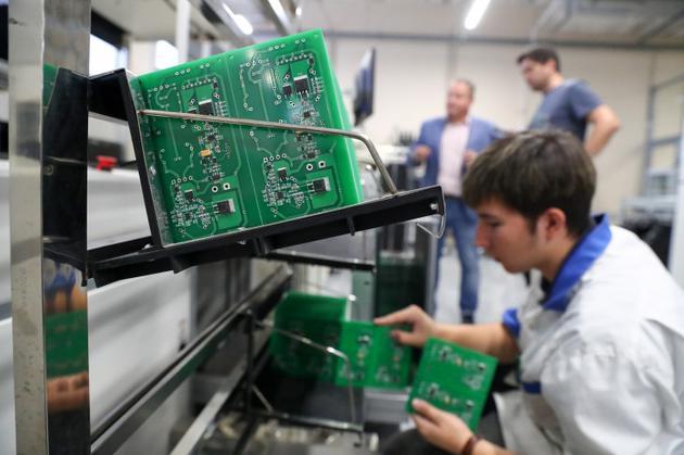 亚马逊和超微要求彭博社撤回间谍芯片报道:内容不实