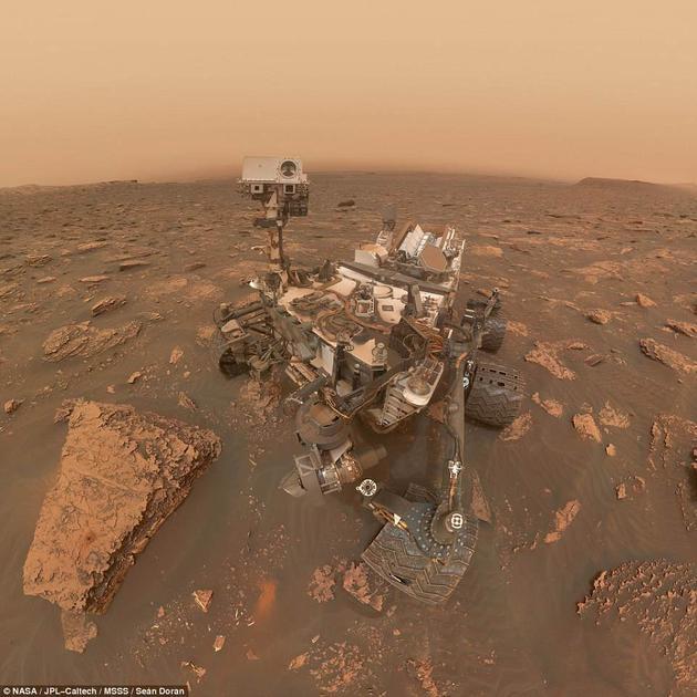 """任务小组成员称,好奇号作为一个行星间科学实验室不能再将存储在火星车内存的数据传送至地球,在问题解决之前,其所有的实验操作都是""""没有意义的""""。"""